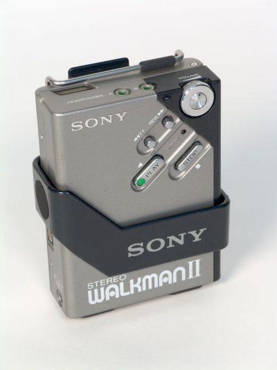 Kuva kannettavasta Sony Walkman 2 -soittimesta