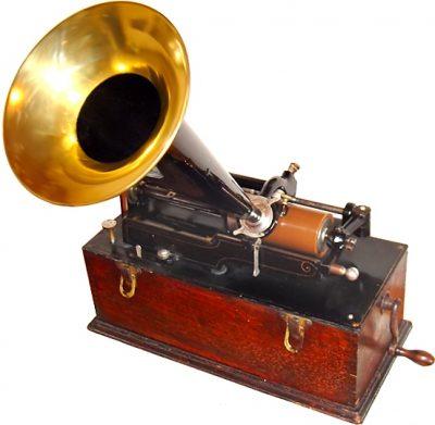 Kuva fonografista 1800-luvun lopulta